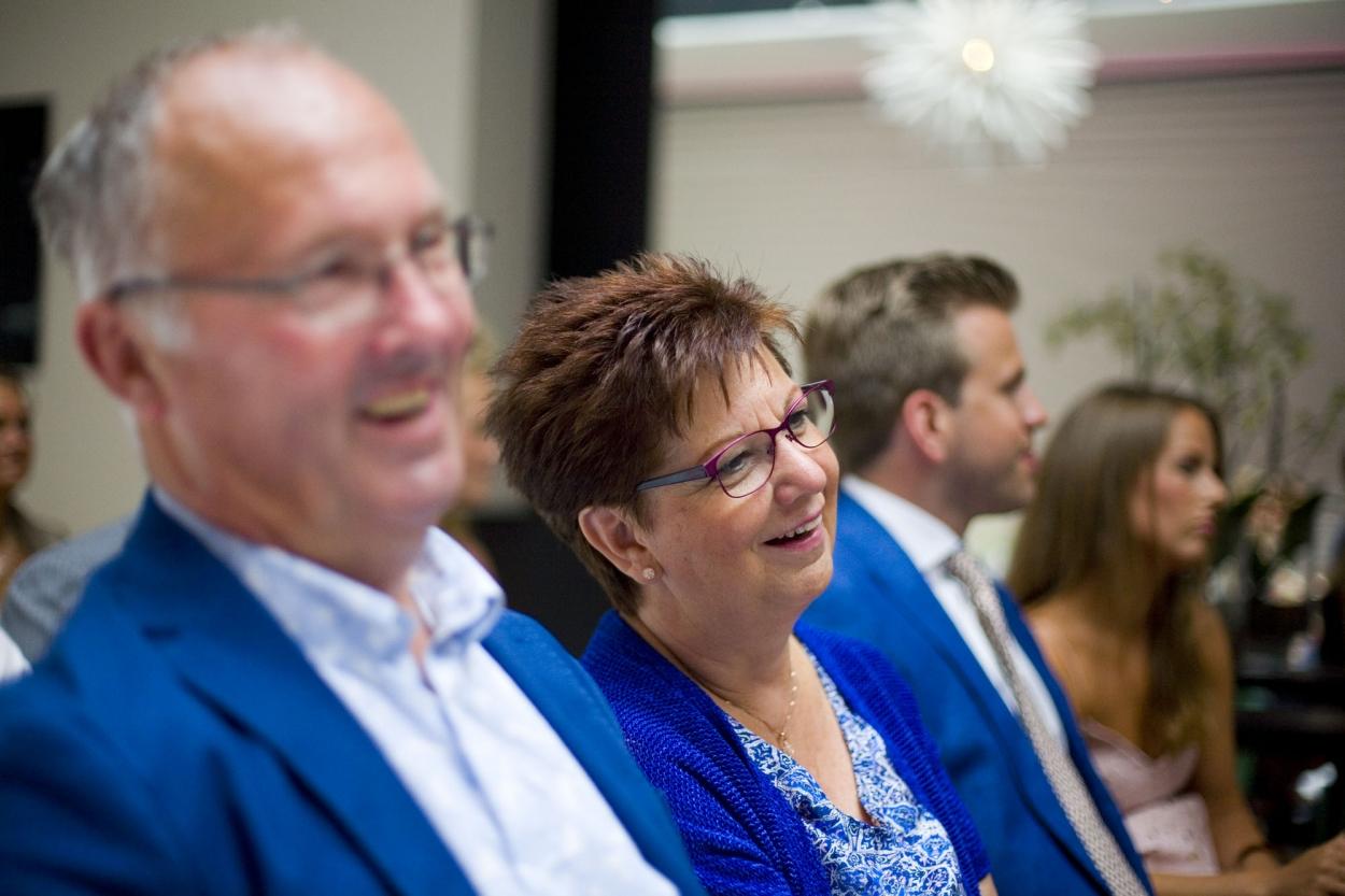 Bruidsfotografie bruiloft ouders bruidspaar ceremonie The Dylan Amsterdam