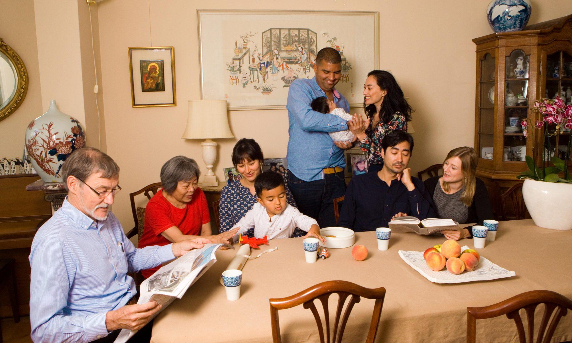 spontaan familieportret net even anders